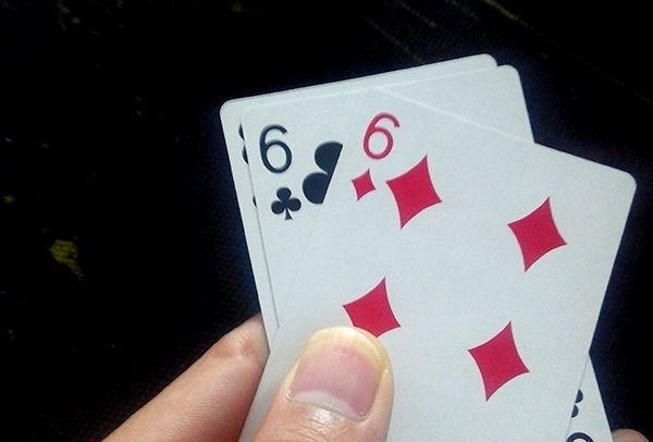Các kiếu chơi bài 3 cây