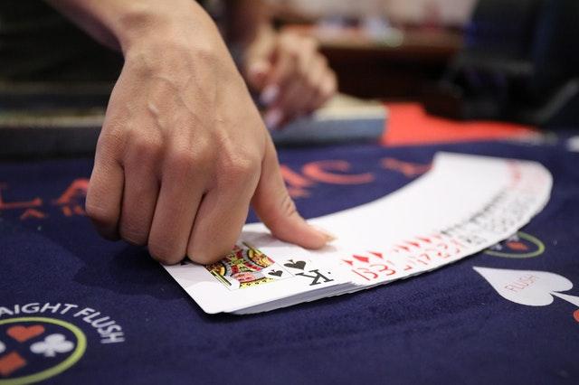 Các thể loại game đánh bài nhất nhì ba