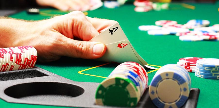 Những lựa chọn khi đánh Poker