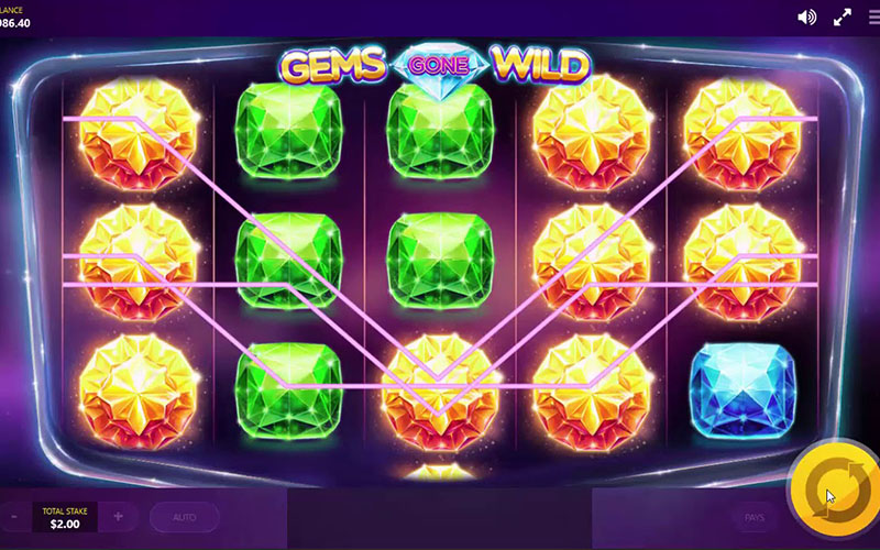 Tính năng thưởng game slot Gems Gone Wild